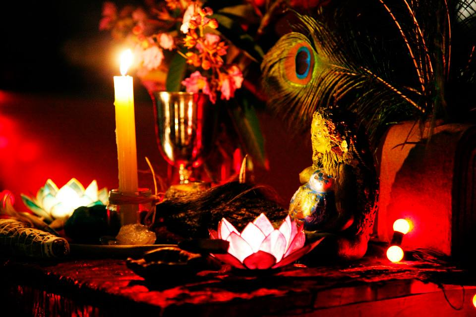 evoking the wombsong altar